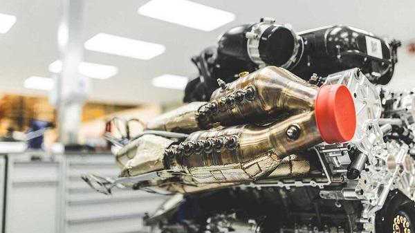 motor V12 atmosférico del Aston Martin Valkyrie