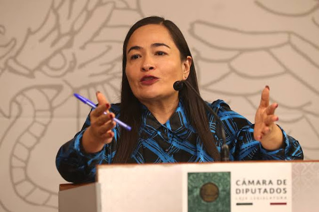 SCJN admite a trámite acción de inconstitucionalidad contra IVA en productos de higiene femenina