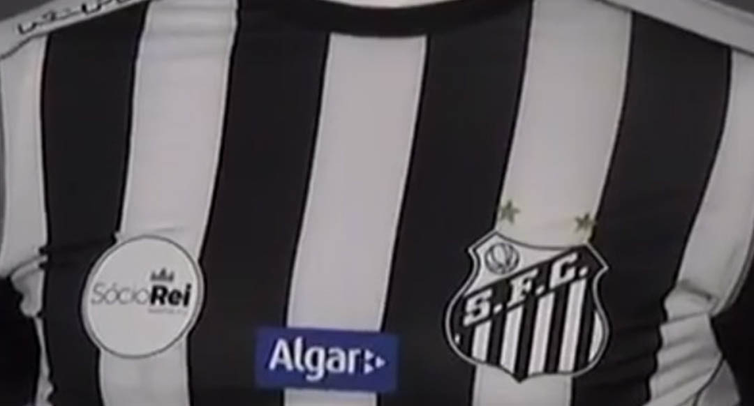 Santos yesterday night launched their new striped away kit for the 2017-2018  season. The new Kappa Santos FC 2017-18 kit features a modern design. 5d7df4e61e7fd