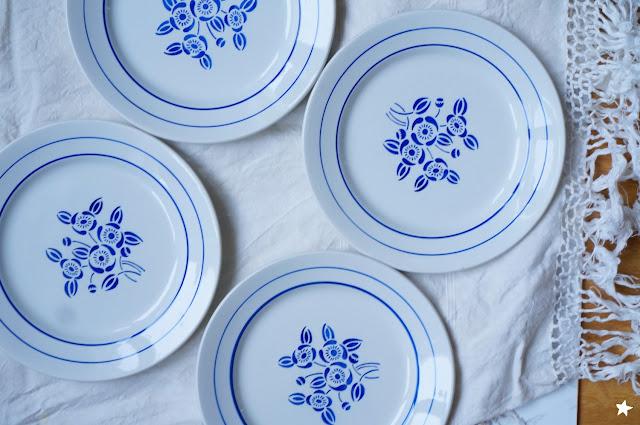 vintage plates assiettes ancienne rétro