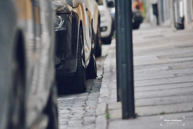 Mandaty za parkowanie we Włoszech. Jak ich uniknąć?