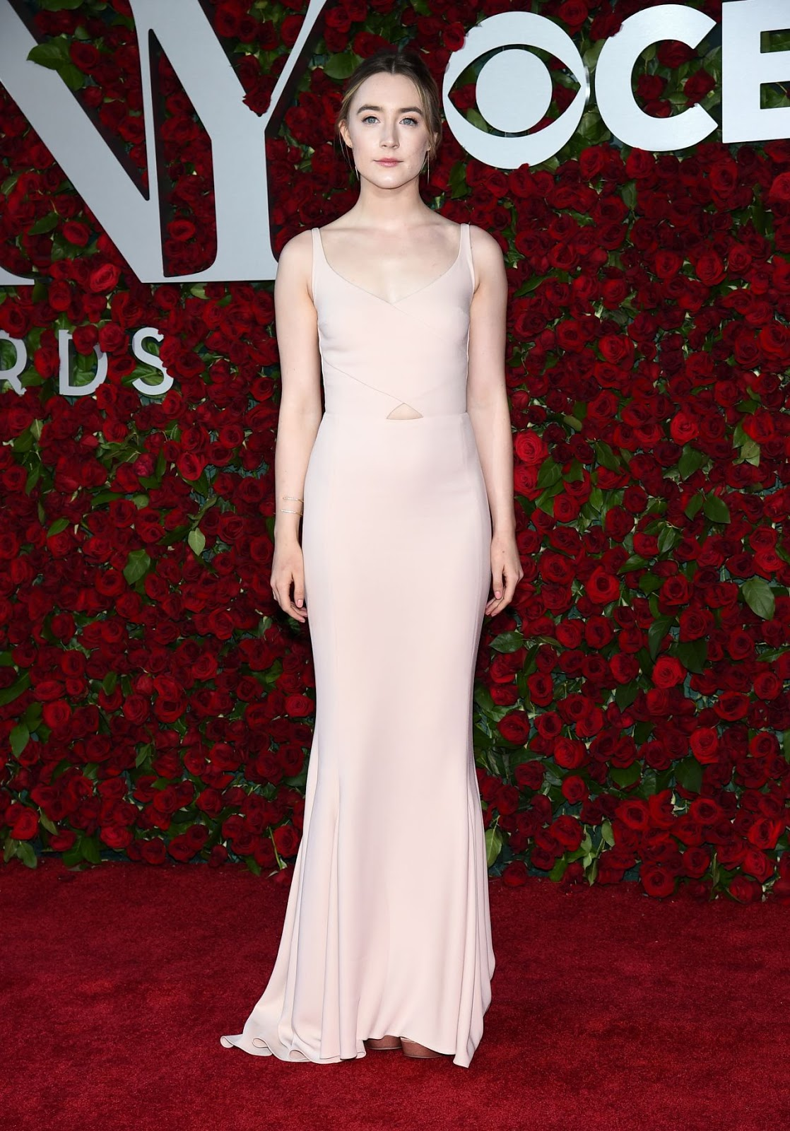 Saoirse Ronan wears nude gown to the 2016 Tony Awards in NY