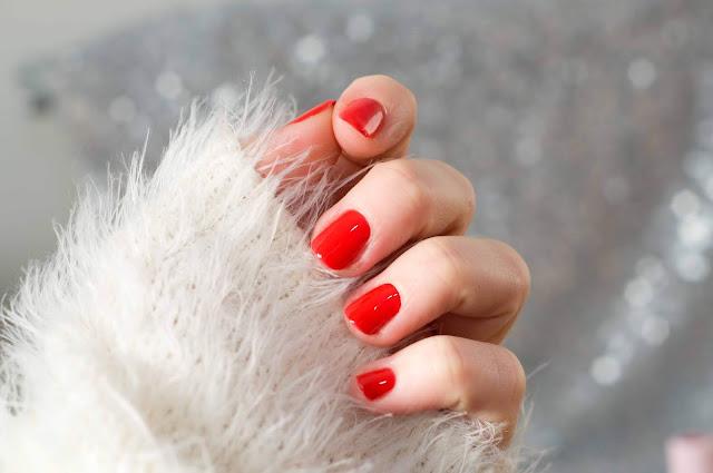 hybryda do paznokci HI-odcień czerwieni Fire Red 244