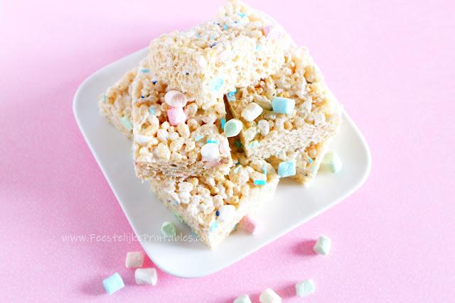 recept rice krispies, rice krispies treats, traktatie met rice krispies, kellogs rice krispies, recept met marshmallows, marshmallows recept, hoe maak je rice krispies koeken, koeken met cereals, cereals traktatie, recept kellogs