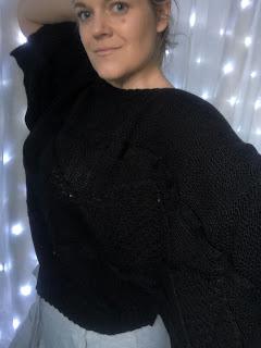 cheap black overside jumper mirror selfie