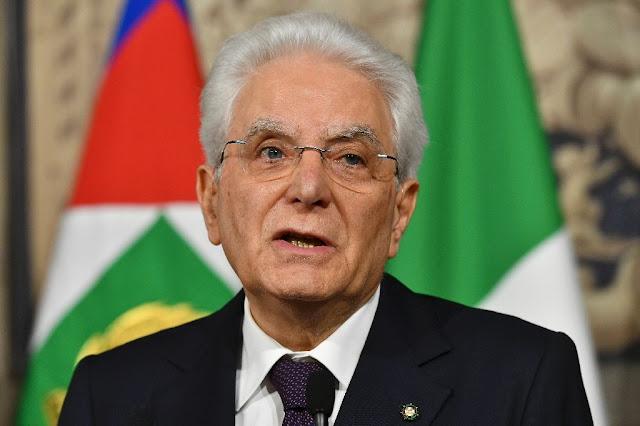 В Италии снизили пенсионный возраст. И стали раздавать по 780 евро на человека!