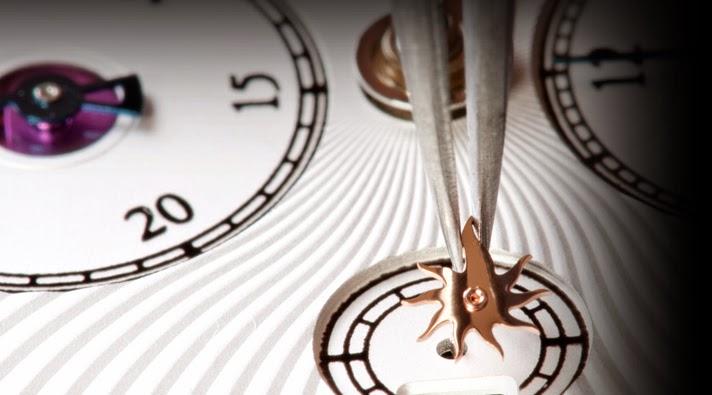 Louis Moinet debajo del reloj 27