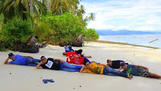 destinasi lintas sumatera pulau karang barus tapanuli tengah