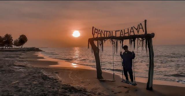 Pantai Cahaya Kendal: Lokasi, Rute, dan Harga Tiket