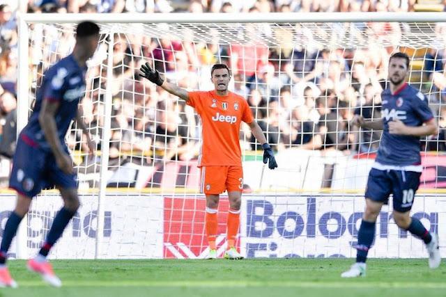 """Juventus """"Sekolahkan"""" Penjaga Gawang Keturunan Indonesia"""