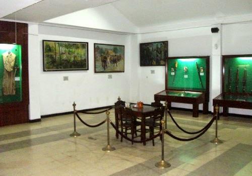tempat wisata di bandung yang menawarkan wisata sejarah