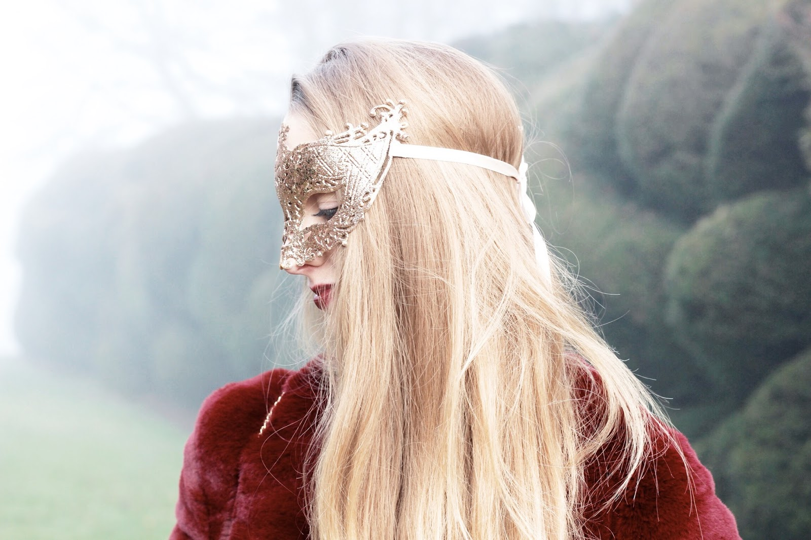 SIX accessories gold ribbon tie masquerade mask