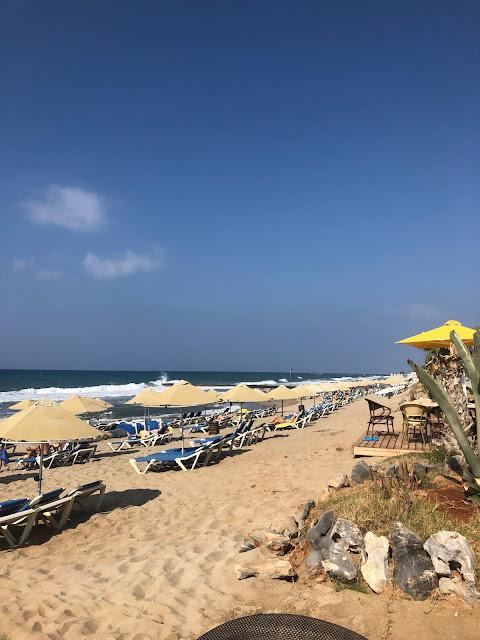 Strandpromenade vom Hotel Lyttos Beach nahe Heraklion