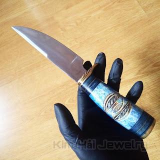 tổng thể dao là một khối bền chắc tuyệt đối