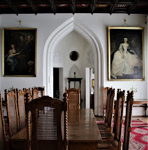 Biała Dama w jadalni kórnickiego zamku