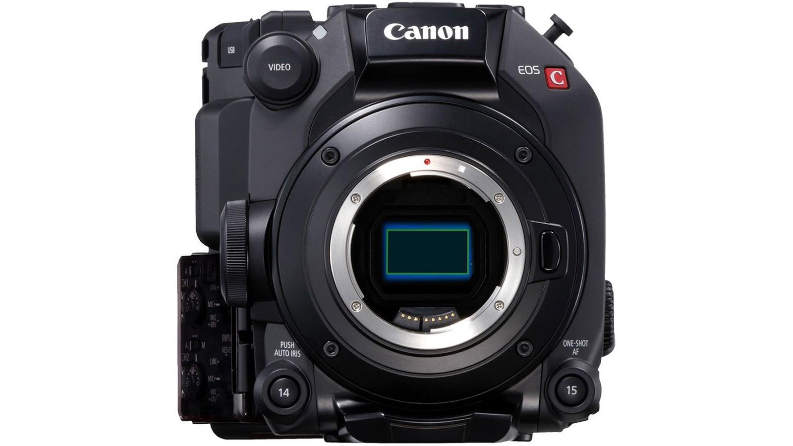Canon EOS C300 Mark III, вид спереди