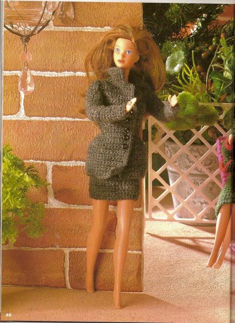 Tailleurs pour poupée mannequin au crochet
