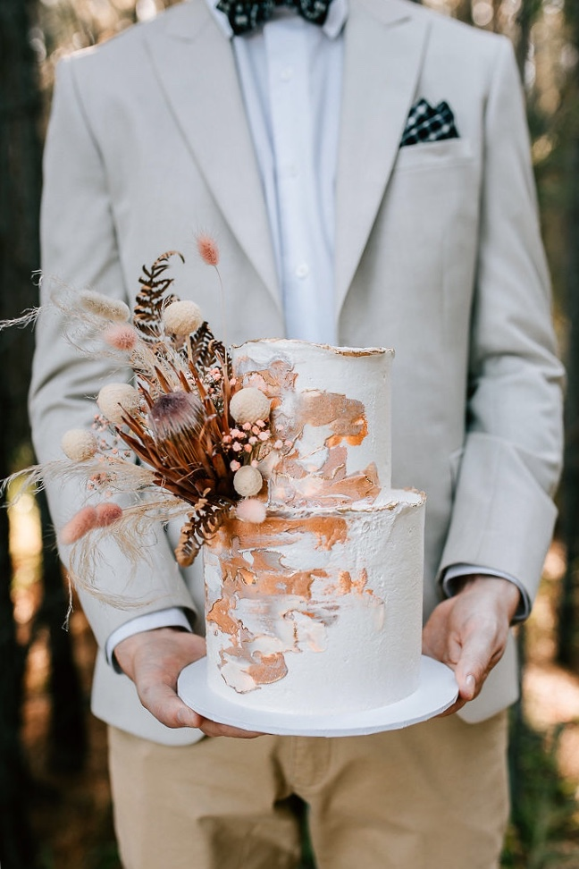 sunshine coast wedding cake designer fennel and fern photography cake desserts