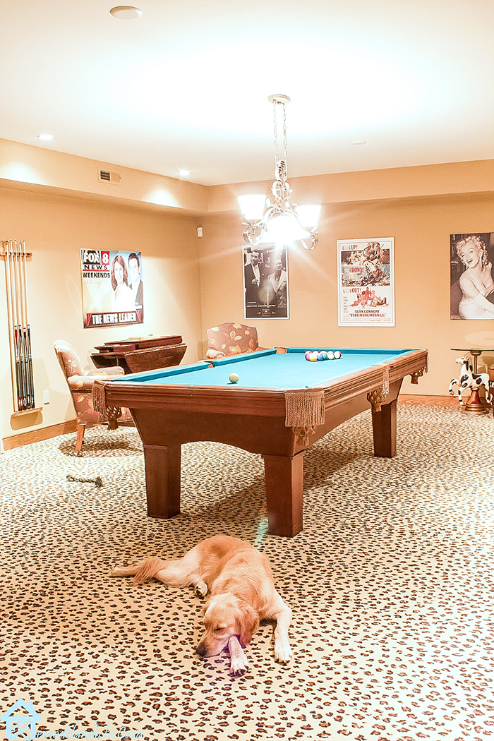 pool table in game room