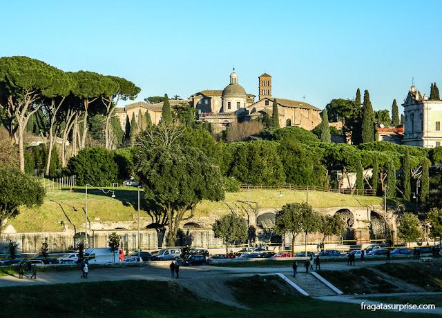 O cair da tarde no Circo Máximo, em Roma