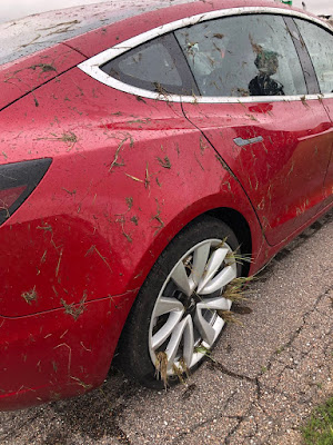 Tesla Model 3 Avoids Semi Truck: Escapes Without Damage, Injuries