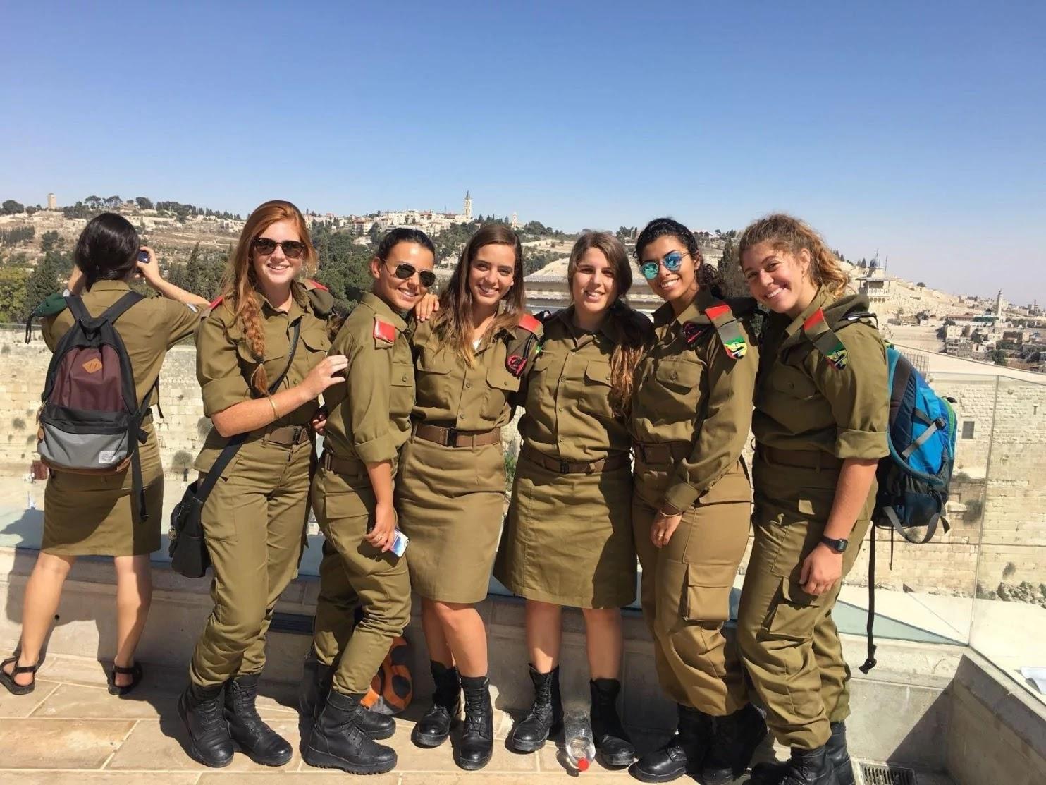 Fotos de mujeres en el ejercito israeli 67