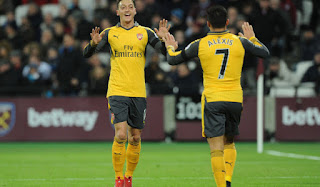 There Is No Use Praising Mesut Ozil, Alexis Sanchez Says