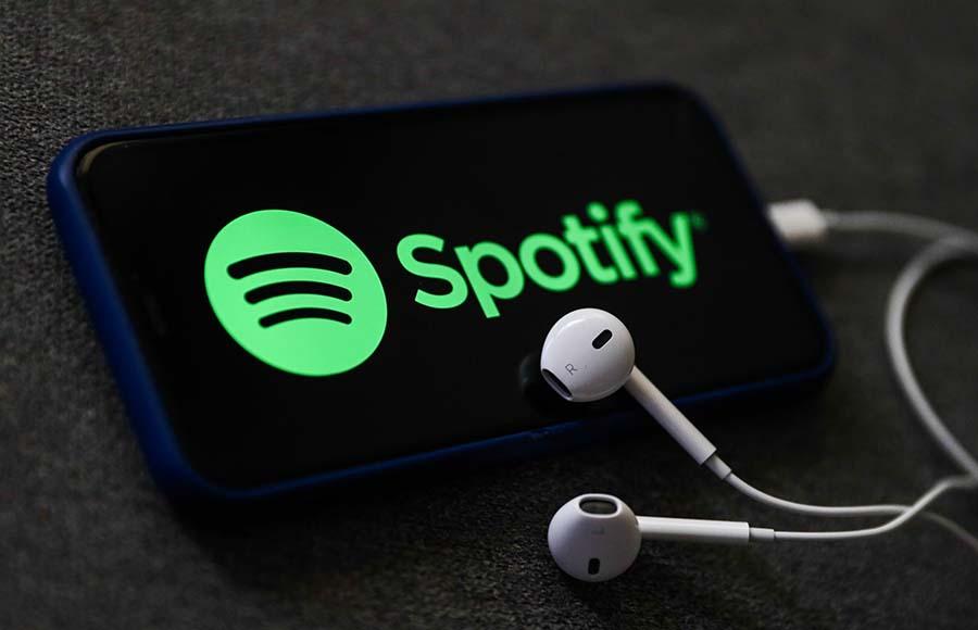 perbandingan spotify vs apple music