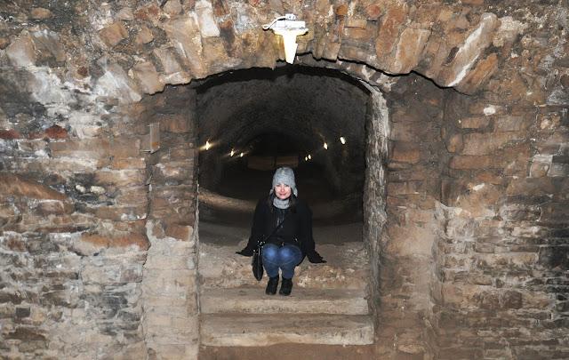 ujazd, zamek, krzyżtopór, ruiny