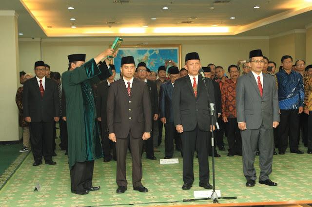 Imam Taufiq Resmi Dilantik Menjadi Rektor UIN Walisongo Periode 2019-2023