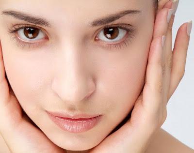Wajah Cantik Alami Tanpa Makeup atau Riasan