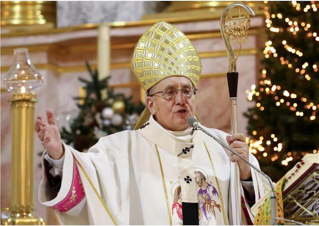 Pope recognizes the resignation of the archbishop of Belarus, who has upset Lukashenko
