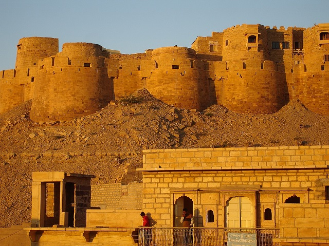 Jaisalmer fort is popularly known as Sonar quila is a must visit in Jaisalmer city of Rajasthan.