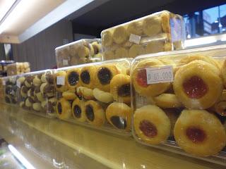 Strawberry Delight, Parcel Lebaran, Lebaran, Idul Fitri, Cafe Cirebon, Resto Cirebon, Kue Lebaran, Kue Kering