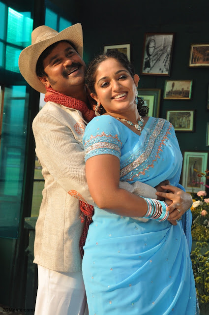 Kavya Madhvan new pics with Dileep