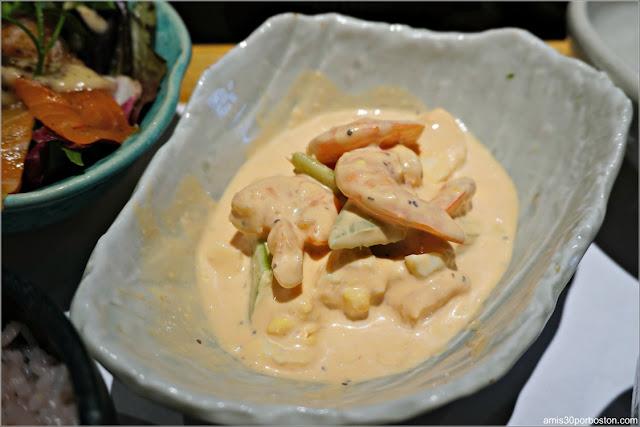 Ensalada de Gambas en Salsa Rosa del Chakura Set de Cha-An Teahouse