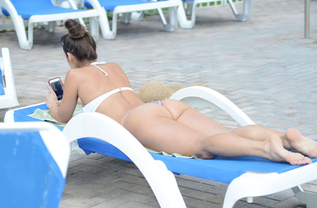 Anais Zanotti in Bikini at a pool in Miami