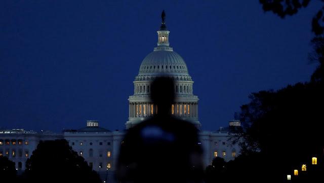 """""""Un desafío a la lógica"""": El Senado de EE.UU. vota un proyecto de ley para aclarar si Rusia patrocina el terrorismo"""