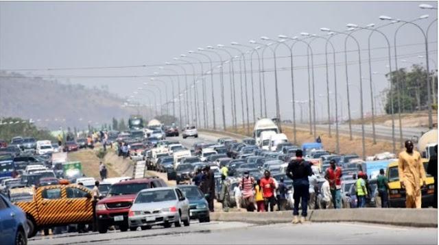 Gunmen storm Abuja community, abduct residents