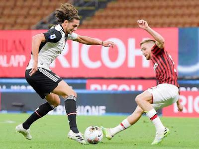 Video AC Milan 4-2 Juventus: Hiệp 2 bùng nổ, địa chấn ngược dòng