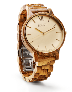 https://www.woodwatches.com/series/frankie/zebrawood-and-champagne