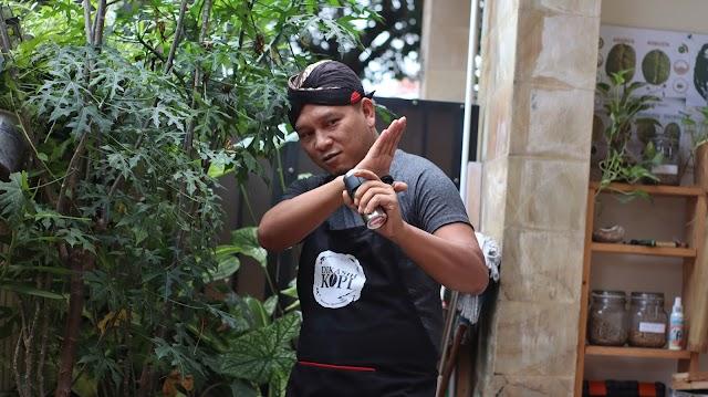 Setelah 7 Manusia Harimau, Endik Koeswoyo Kembali Tulis Serial TV Action