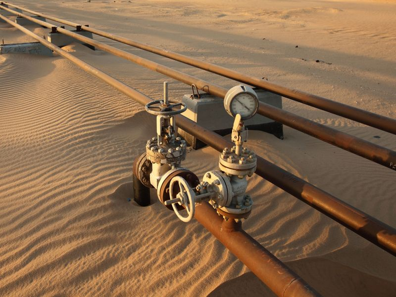 Saudi Arabia, Kuwait Make Breakthrough in Neutral Zone Oil Talks...