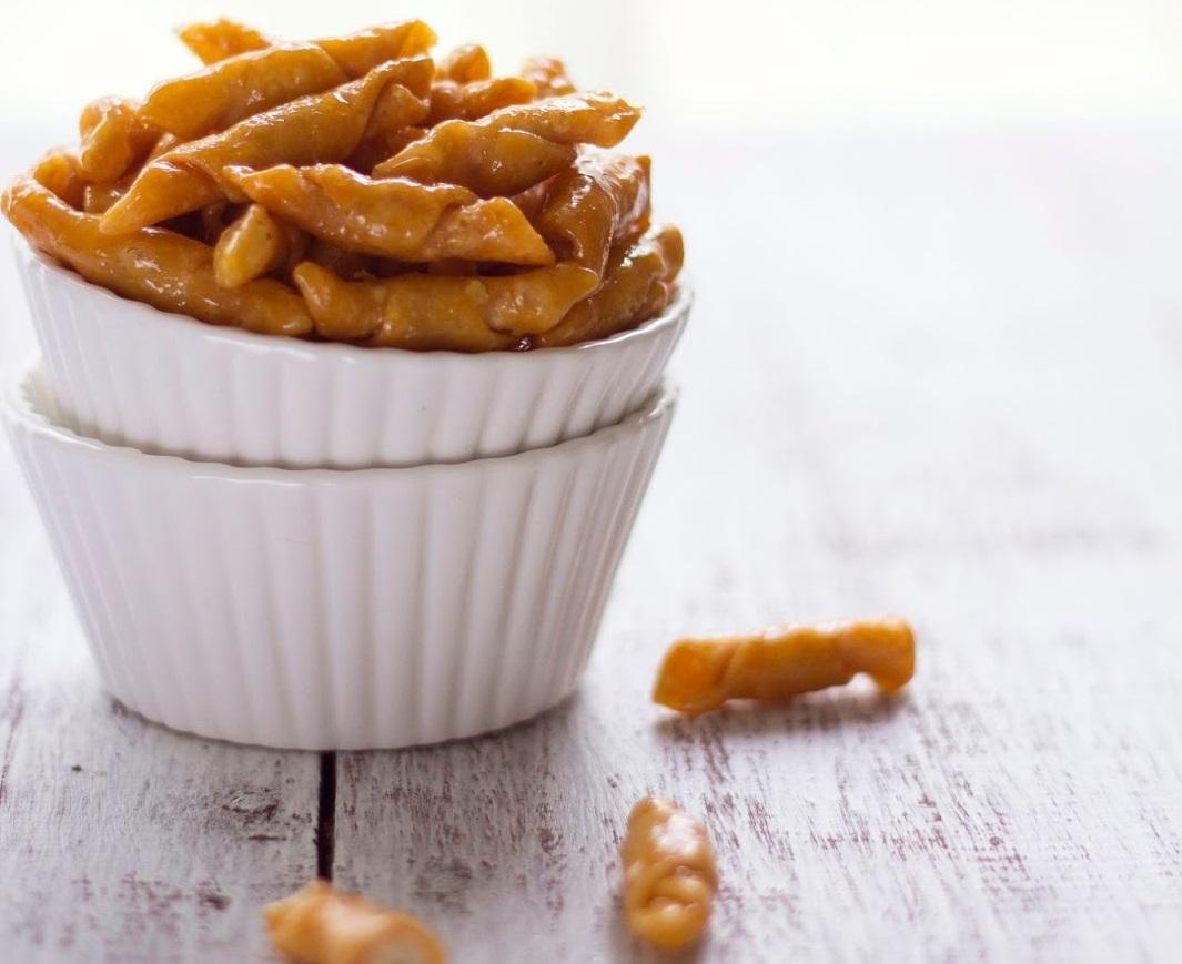 Resep Kue Kering Kacang Selimut Lebaran Karamel Renyah