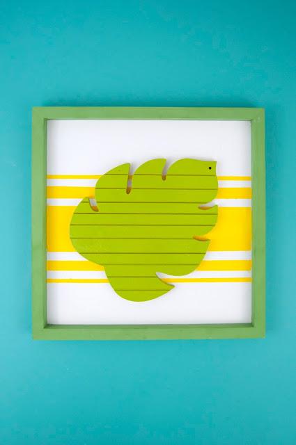 Monstera Leaf Frame tutorial by Jen Gallacher from www.jengallacher.com #monsteraleaf #spraypaint #paintedframe #acrylicpaint #JoAnn #jengallacher