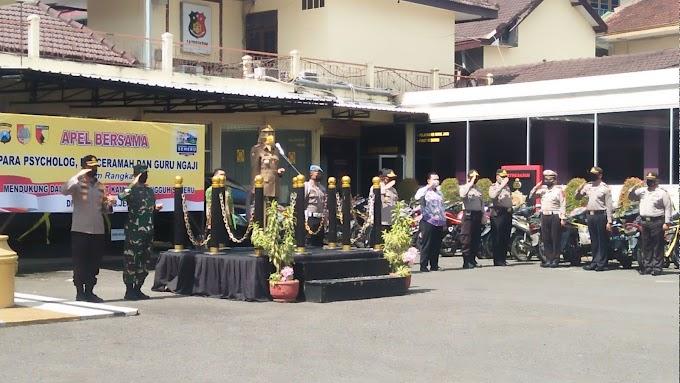 Senergi Tiga Pilar Wujud kan Kampung Tangguh Semeru.