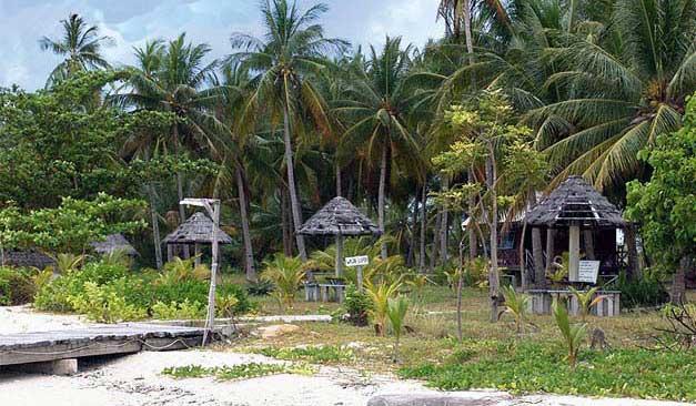 Pulau Memperak di Belitung