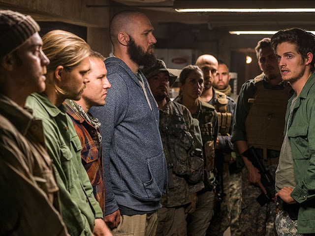 Fear the Walking Dead - 3x06 - Red Dirt