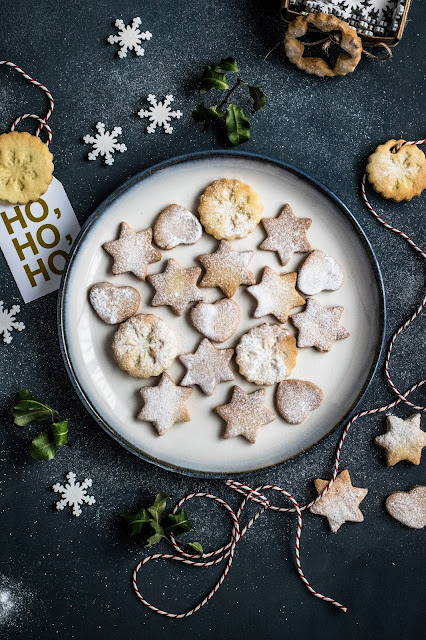 Christmas cookies;Photo by Monika Grabkowska on Unsplash