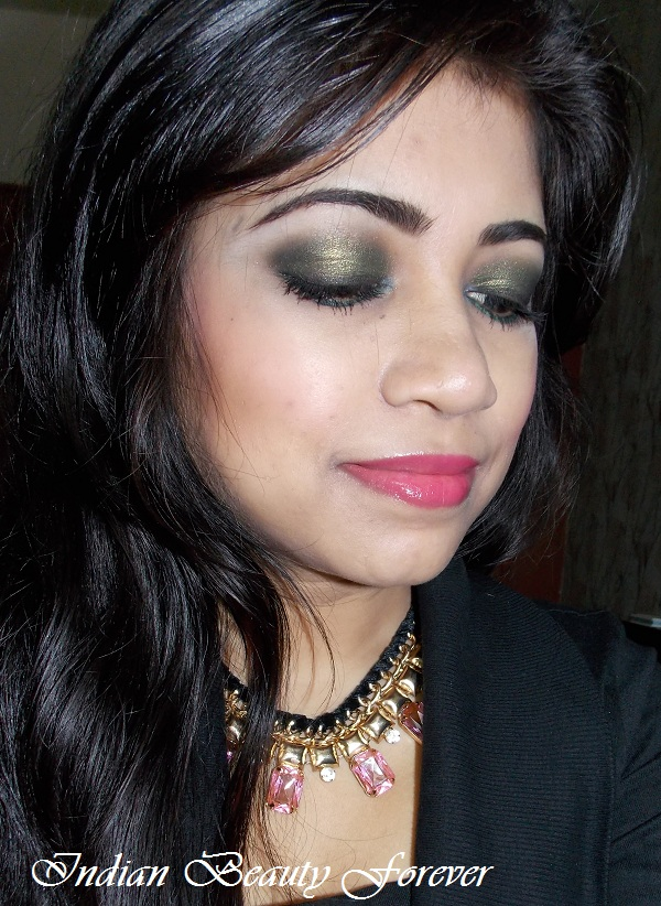 Emerald Smokey eyes with soft pink glossy lips tutorial